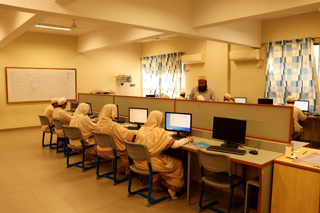 Computer Lab (6)